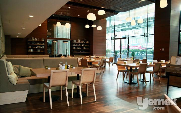 The Dish Room Restaurant Arka Salon