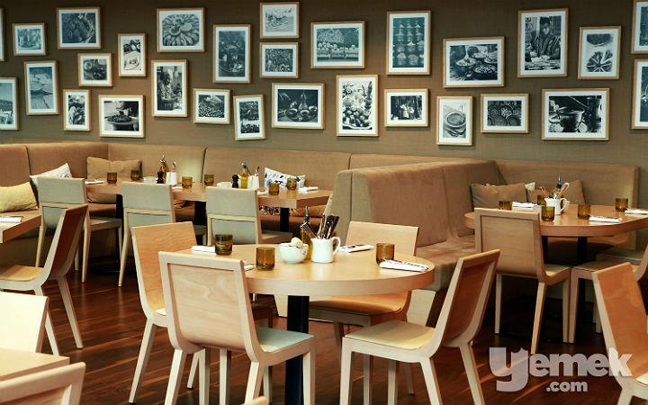 The Dish Restaurant Oturma Düzeni
