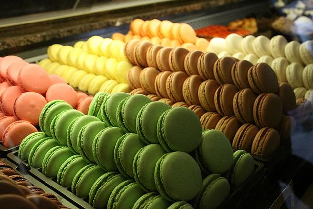 flickr - baylan pastanesi macaronları