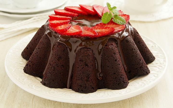 Çikolatalı çilek kek tarifi