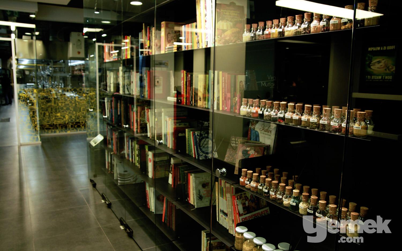 Doors Akademi Kütüphanesi
