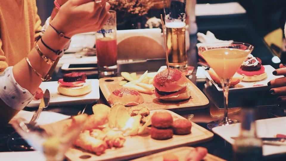 foursquare - kozmonot pub