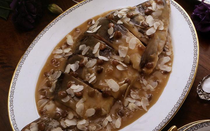 yahudi-usulu-sazan-polonya-yemekleri