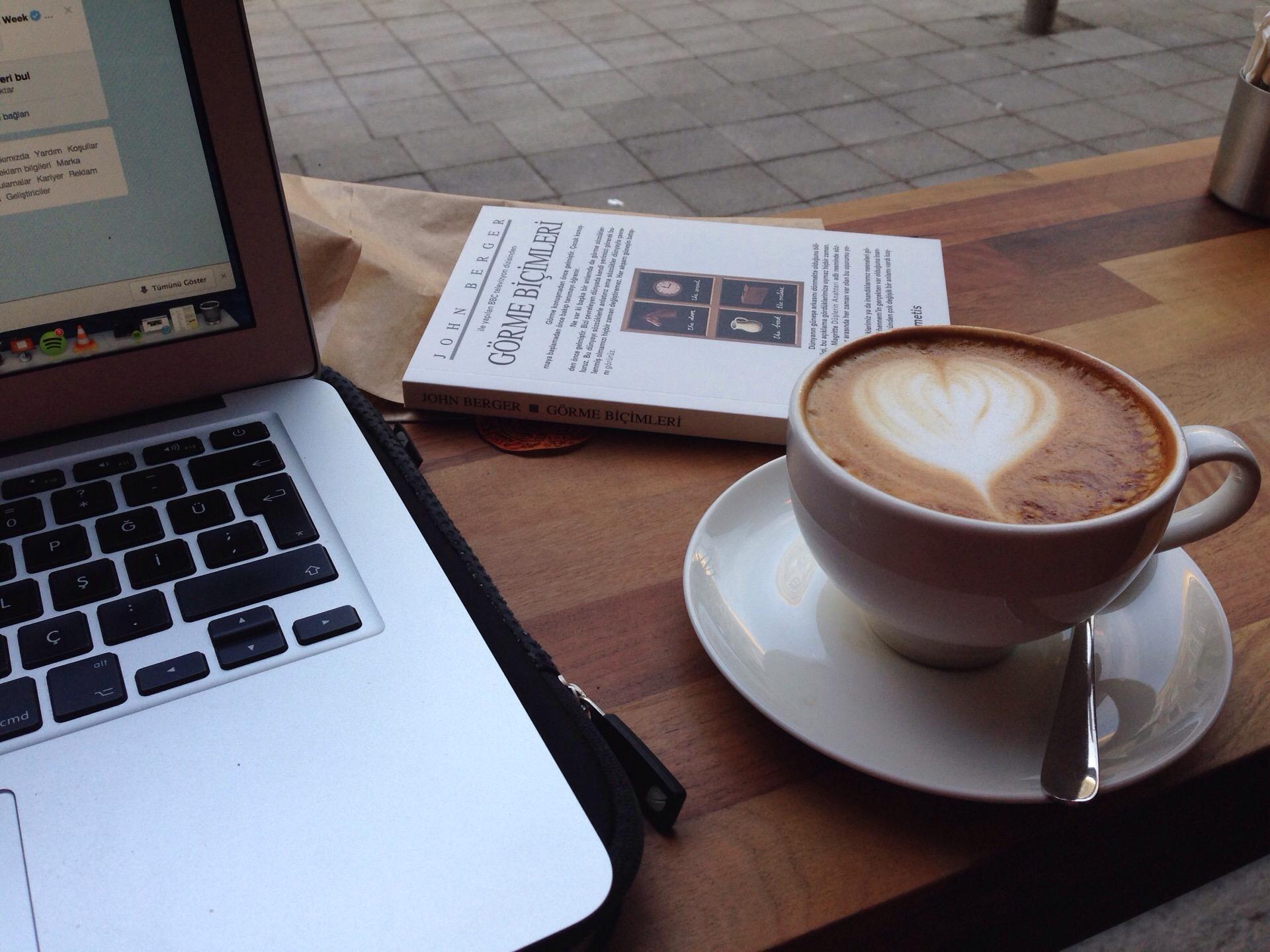 fotoğraf: çağlla gillis - cup 3rd wave coffee  - freelance mekanları