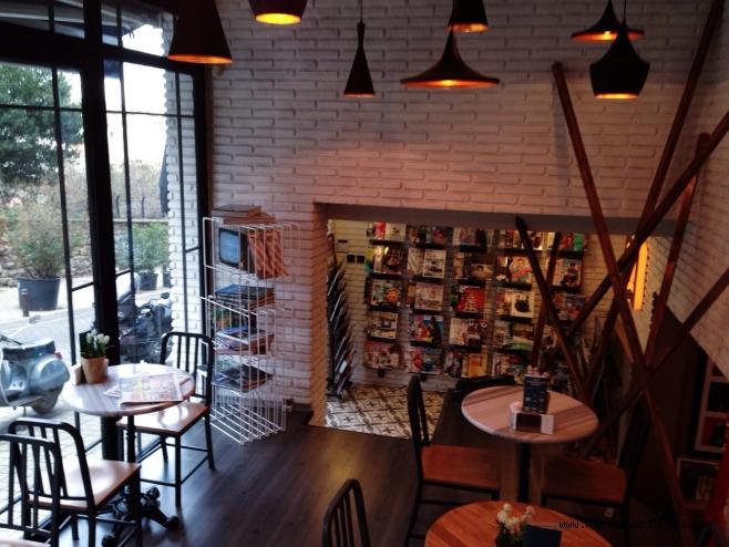 magazindedikodu - tasarım bookshop - freelance mekanları