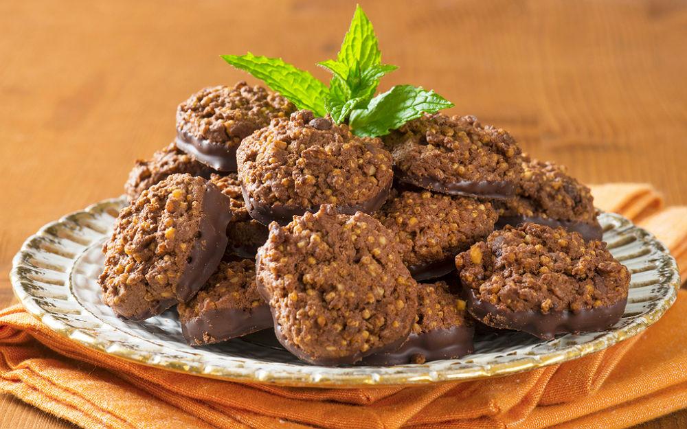Çikolatalı, Kinoalı Kurabiye Tarifi