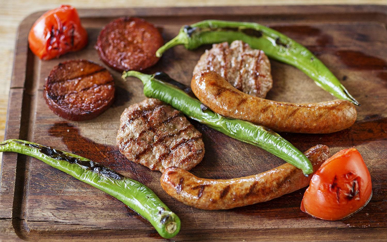 Özgür Şef Steakhouse Köfte, Sosis, Sucuk