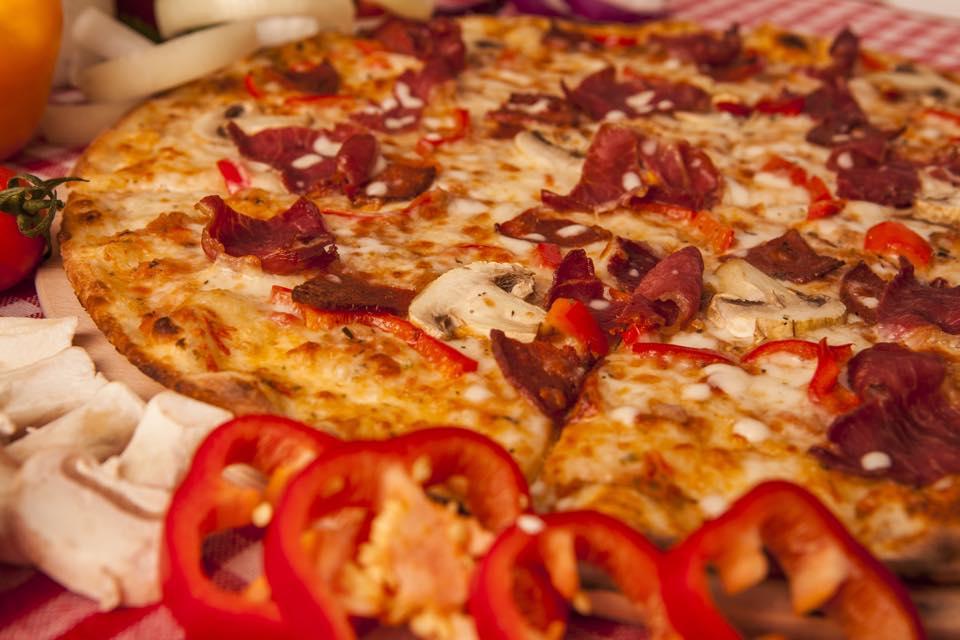 facebook - pizza vegas