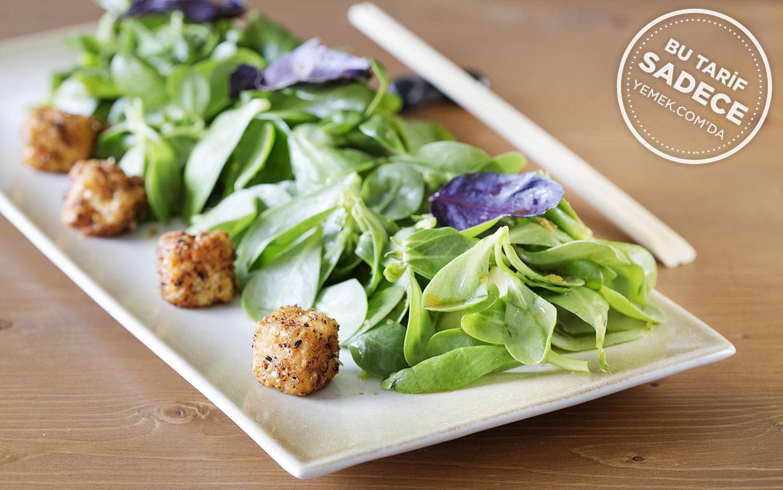 Avokadolu Tofu Salatası Tarifi