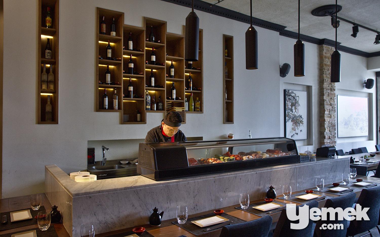 Yada Sushi, Sushi Bar