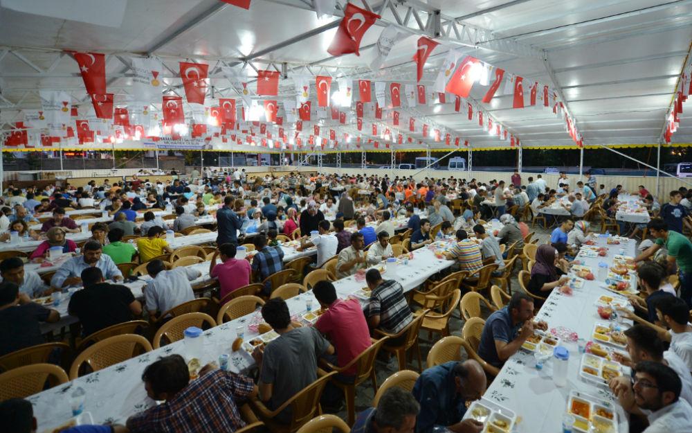 istanbul-iftar-cadirlari-2