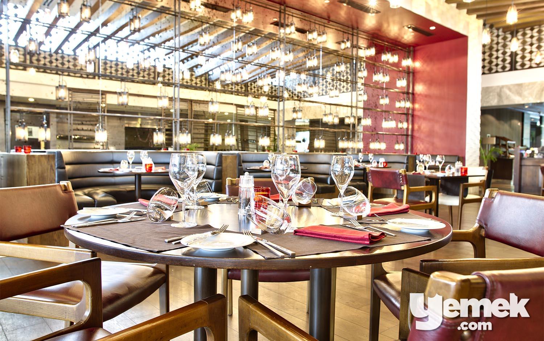 Le Méridien Hotel La Torre Restaurant