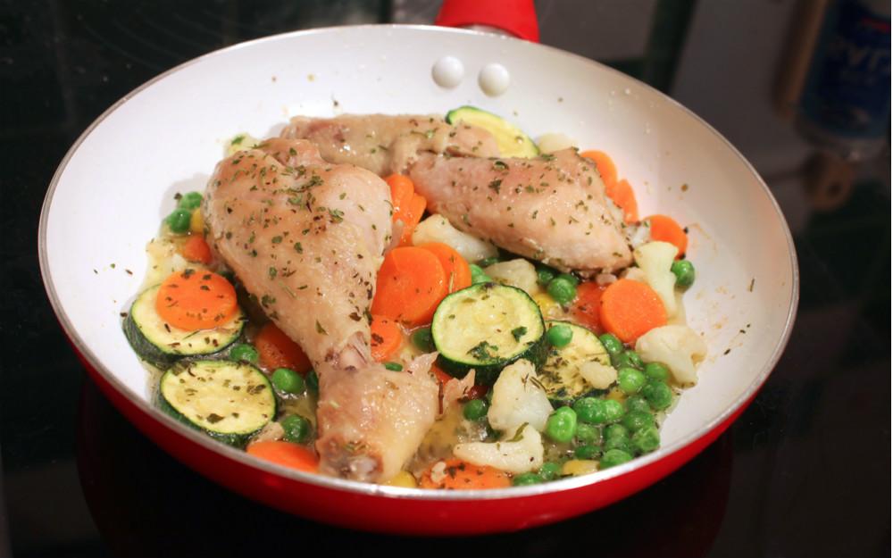 seramik-tavuk-salata