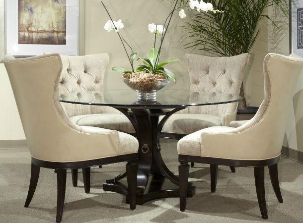 furnituredealer