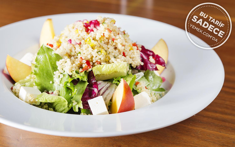 Keçi Peynirli Kinoa Salatası Tarifi
