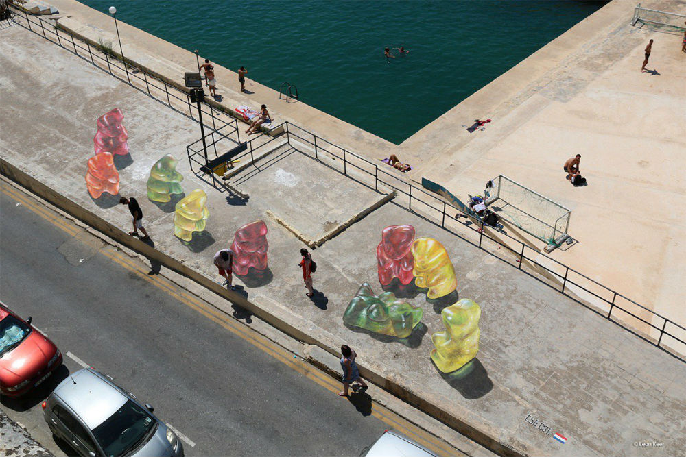 thevandallist - leon keer gummy bears