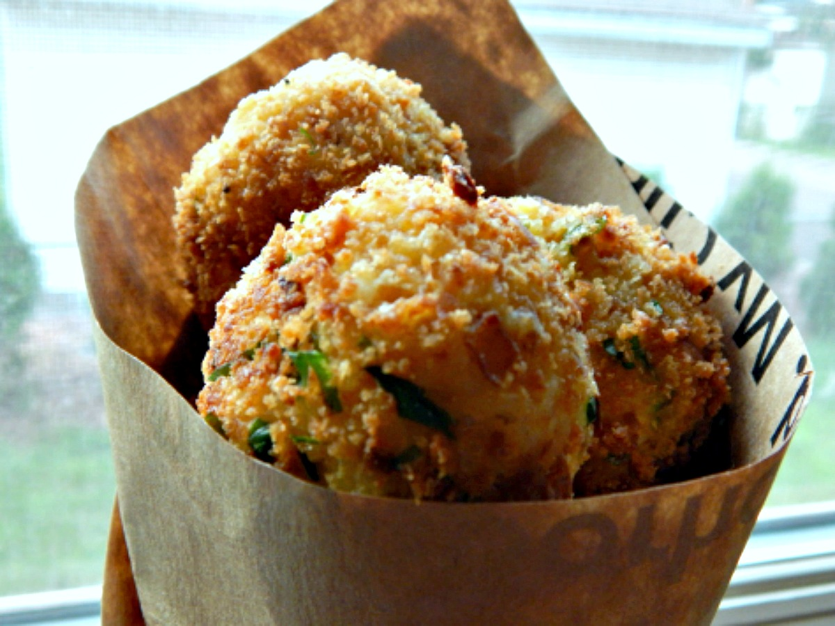 https://frugalhausfrau.files.wordpress.com/2013/07/arancini.jpg | frugalhausfrau