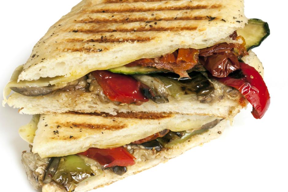 Izgara Sebzeli Sandviç
