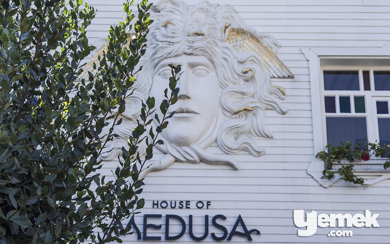 Fotoğraf: Özgür Bakır / House of Medusa