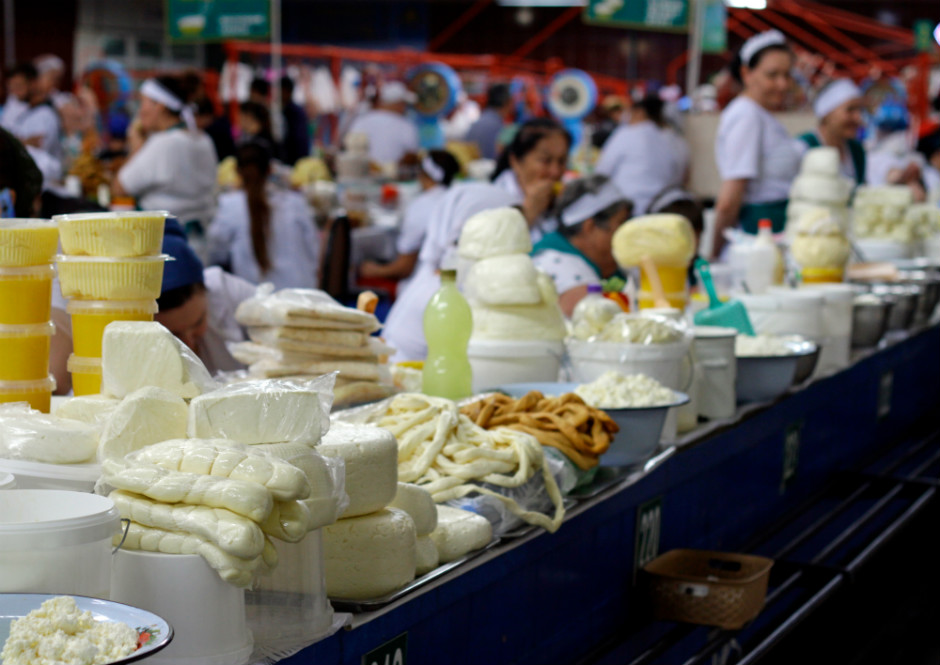 ihtiyac-fazlasi-peynir-pazardan-peynir-almak