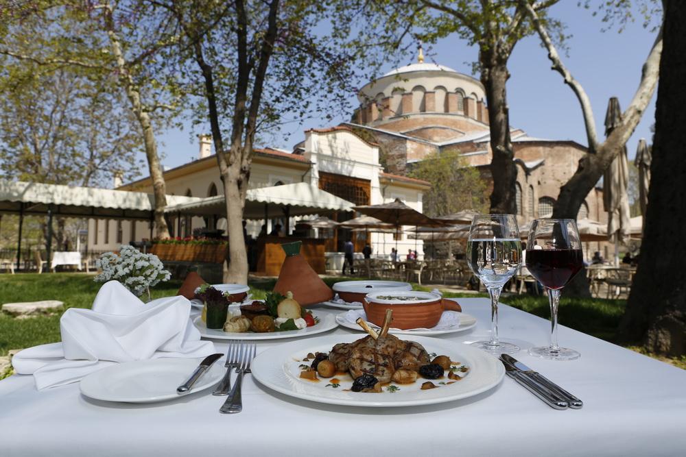 .karakolrestaurant.com