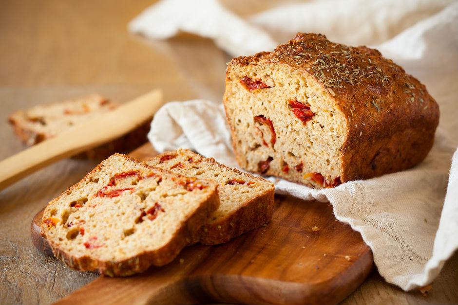 Kurutulmuş Domatesli Ekmek Tarifi