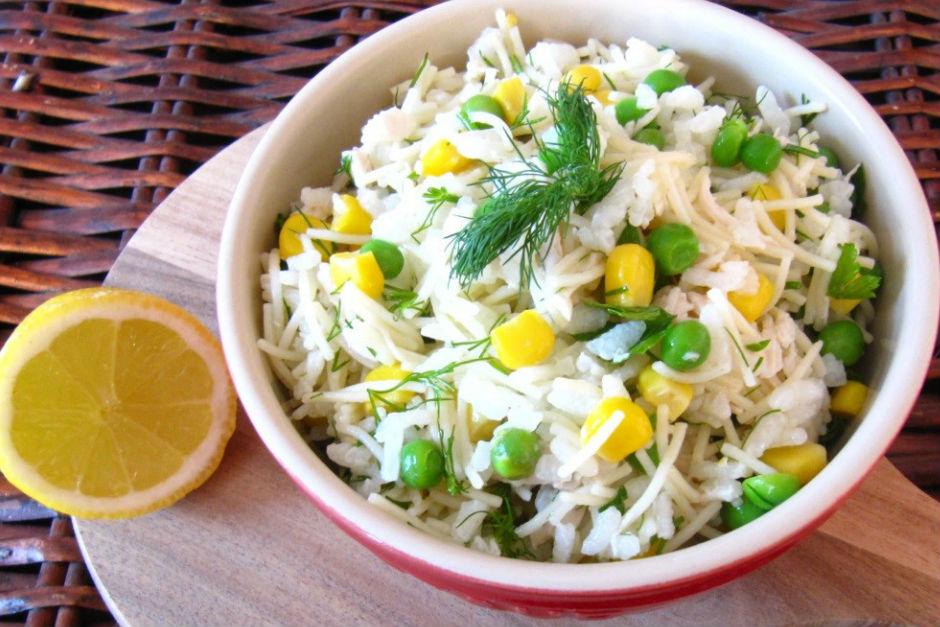Pirinçli Tavuk Salatası Tarifi