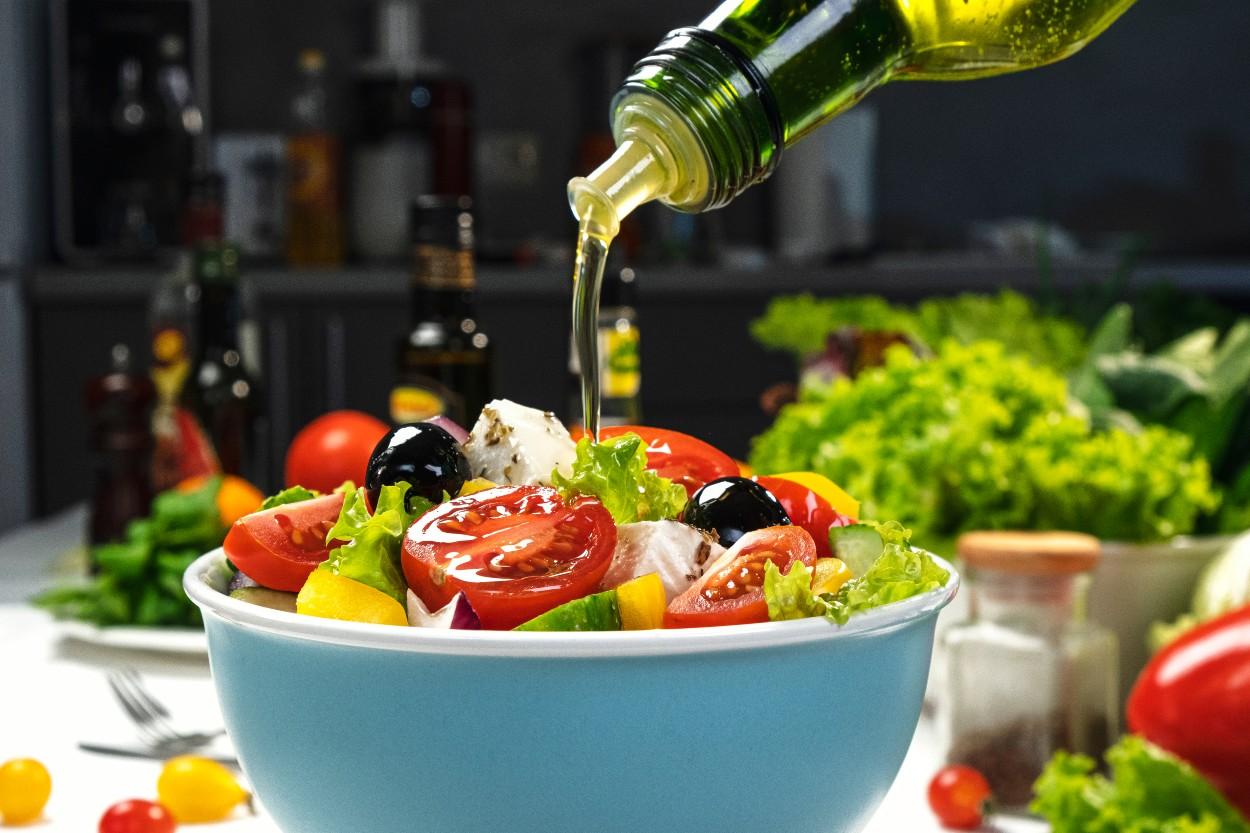 zeytinyagi-salata-zeytinyagli-salata
