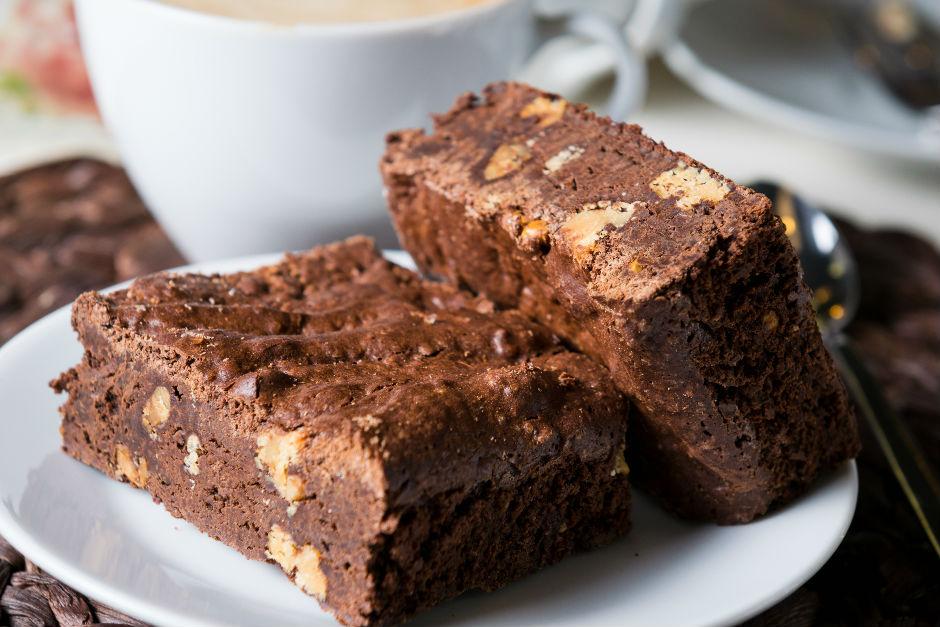 Kakaolu Şekersiz Kek Tarifi