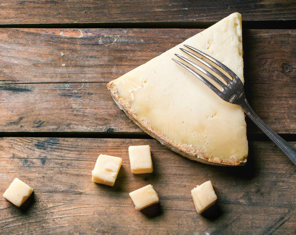 peynir-nasil-kesilir-sofra-adabi