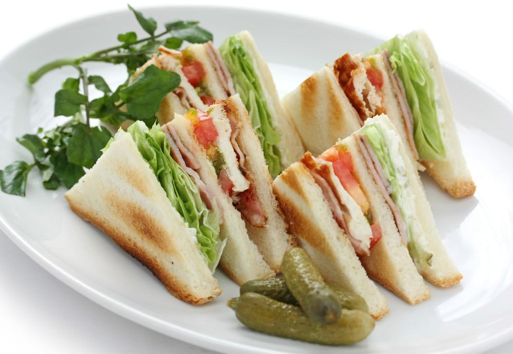 tursu-nasil-yenir-sandvic
