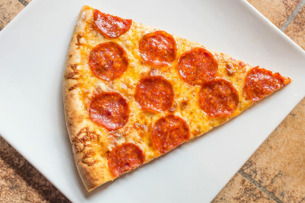 dilim-pizza-sucuklu