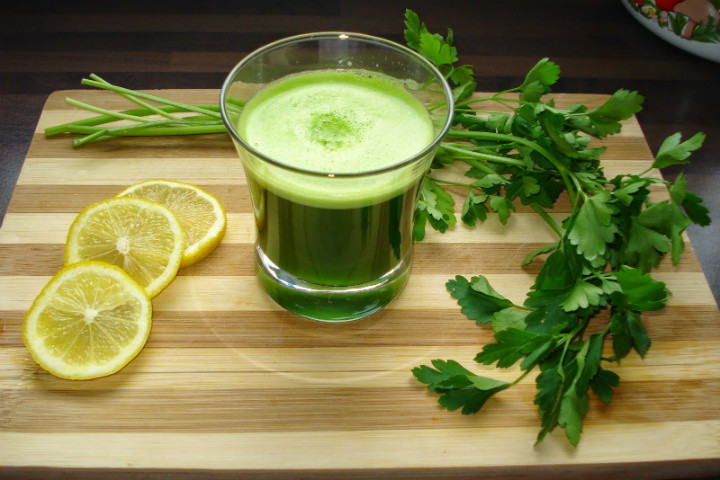 http://www.trendsandlife.com/prepare-parsley-cure-health/ | trendsandlife