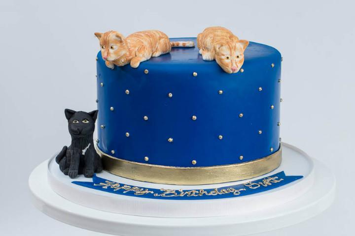 bluelacecakes