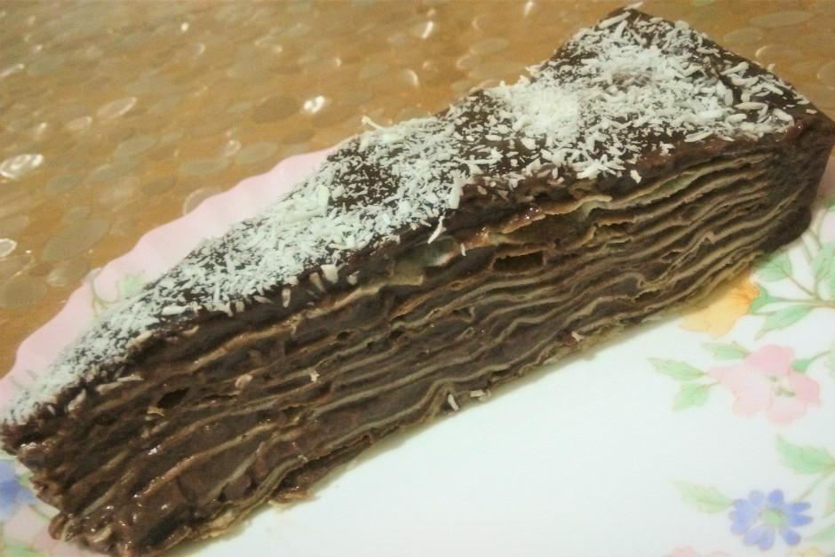 Dokuz Kat Yaş Pasta Tarifi