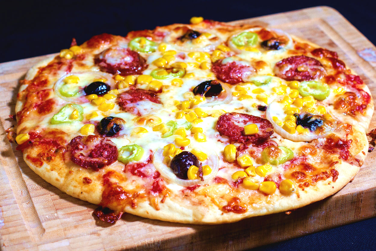 Ev Usulü Pizza Tarifi