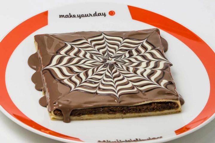 http://chocolatesarayi.com/tr/portfolio-items/brownie-krep/   chocolatesarayi