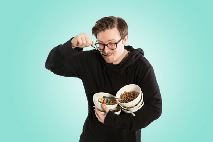 https://www.thrillist.com/eat/nation/i-ate-nothing-but-cereal-for-a-week-heres-what-happened | thrillist