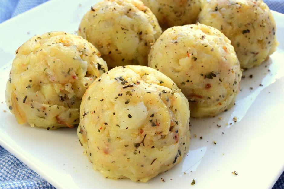 Soğanlı Baharatlı Patates Püresi Tarifi