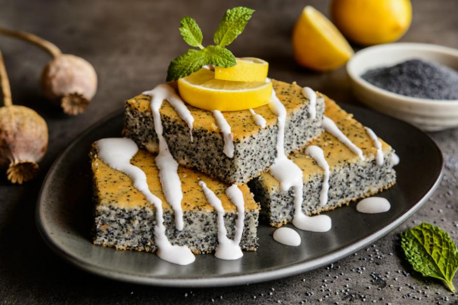 Limonlu Haşhaşlı Kolay Kek Tarifi