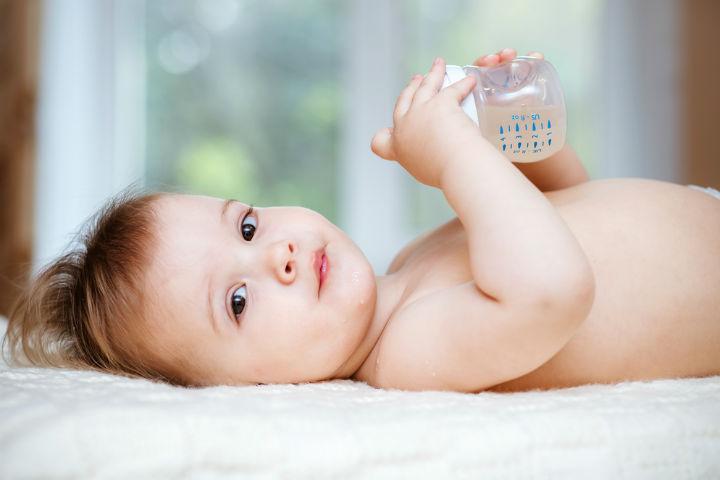 bebeklerde-kabizlik-icin-ne-yapmali