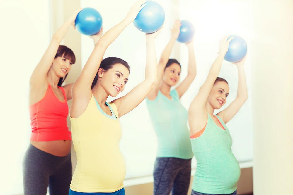 hamile-pilatesinde-kol-bacak-hareketleri