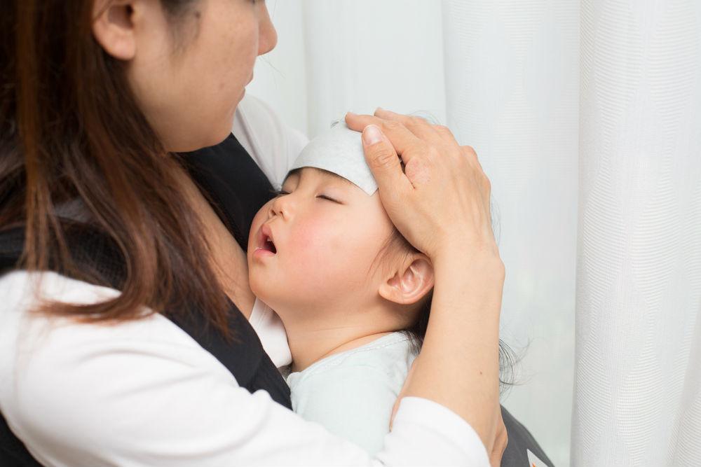 bebek-atesinde-hangi-durumlarda-doktora-gorunulmeli