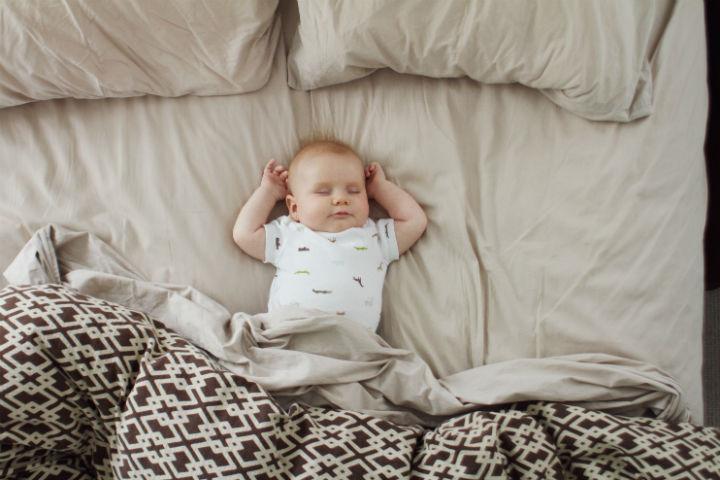 Bebeğiniz Büyürken - Magazine cover