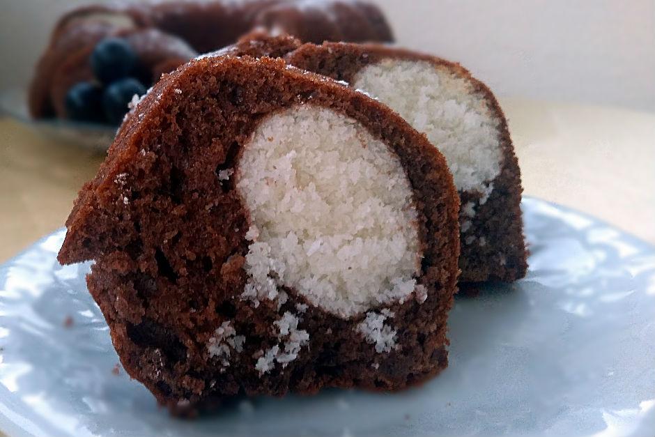 Kakaolu Hindistan Cevizli Kek Tarifi