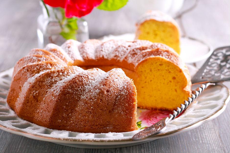 Yumuşacık Yoğurtlu Kek Tarifi