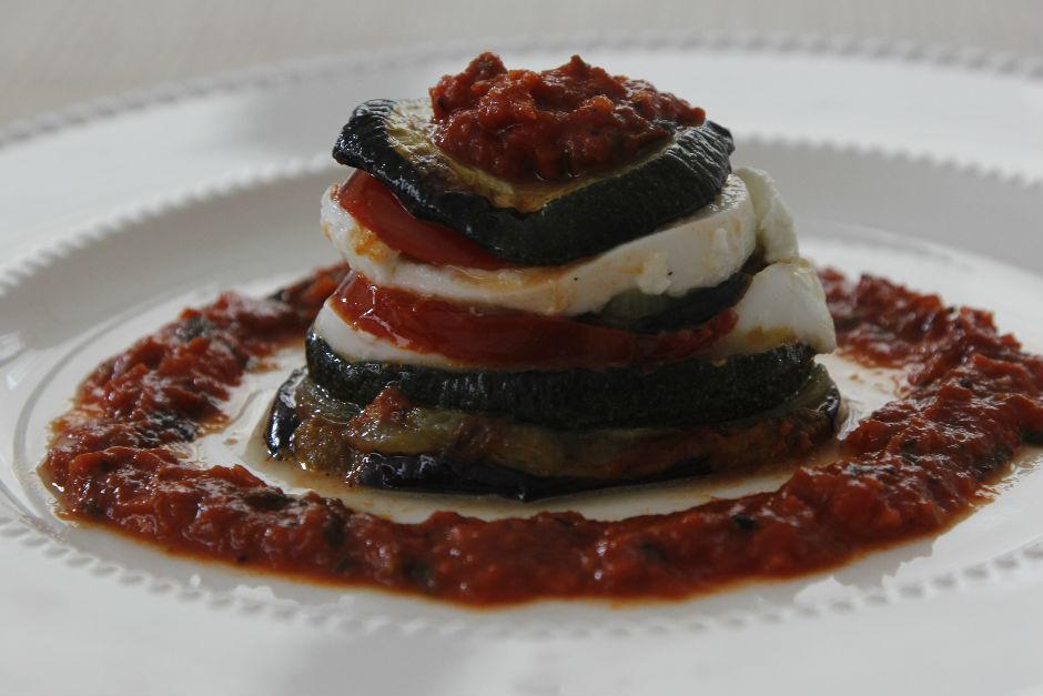 Mozzarella Peynirli Sebze Katları Tarifi