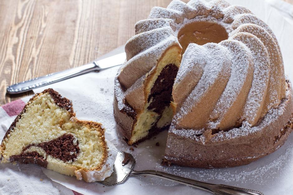 Yumuşacık Kabarmış Kek Tarifi