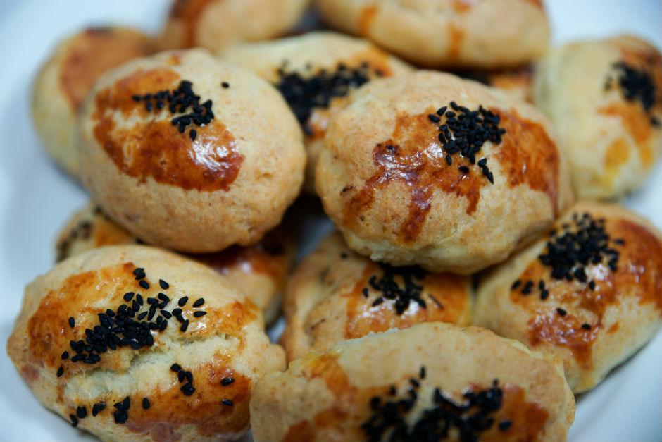 Mayasız Peynirli Poğaça Tarifi