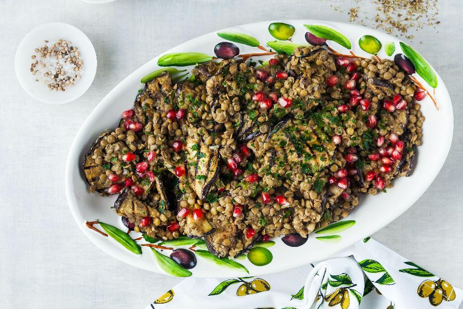 Patlıcanlı Yeşil Mercimek Salatası Tarifi